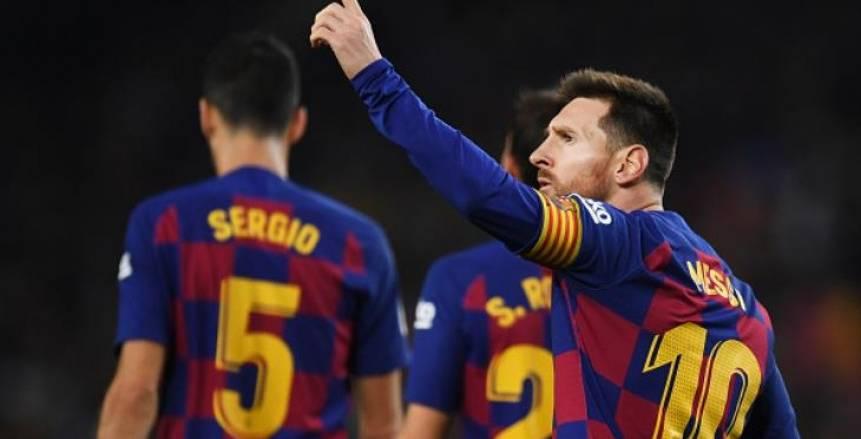 ميسي ثالثا.. جماهير برشلونة تختار العظماء الـ30 في تاريخ برشلونة