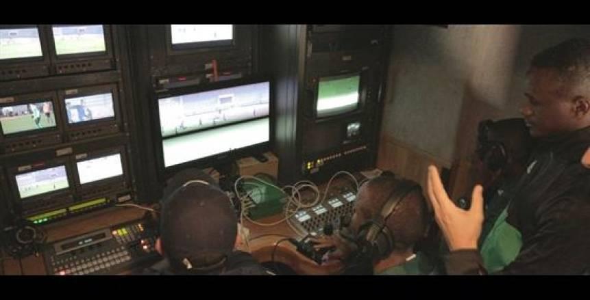 شركة برتغالية تقوم بتجربة تطبيق تقنية الفيديو قبل المباراة النهائية في برج العرب