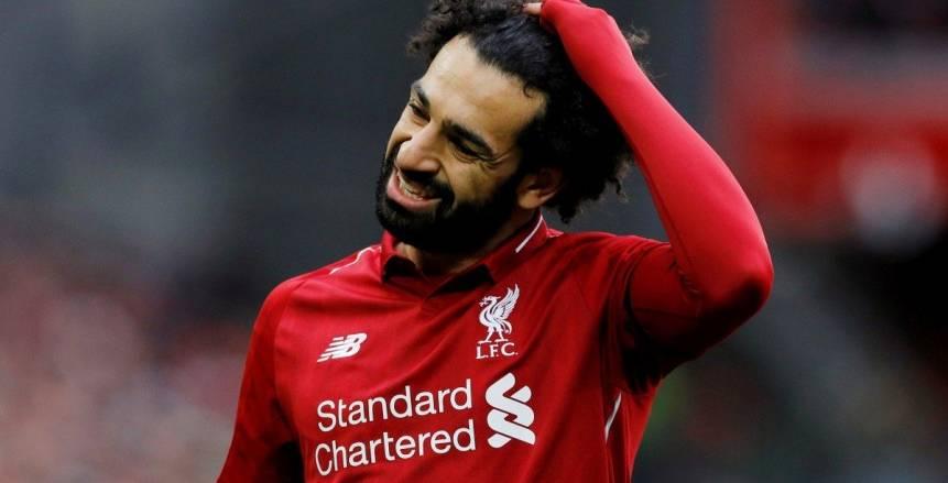 """تقرير: """"السن"""" يدفع ليفربول لبيع محمد صلاح"""