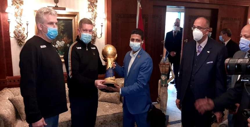 مدير مونديال اليد: لاعبو منتخب مصر في حالة نفسية مرتفعة قبل البطولة