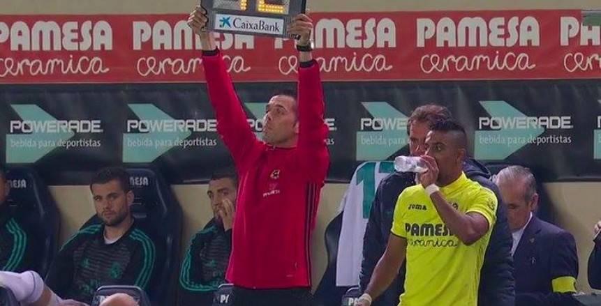 «الدوسري» يشارك للمرة الأولي بقميص فياريال أمام ريال مدريد