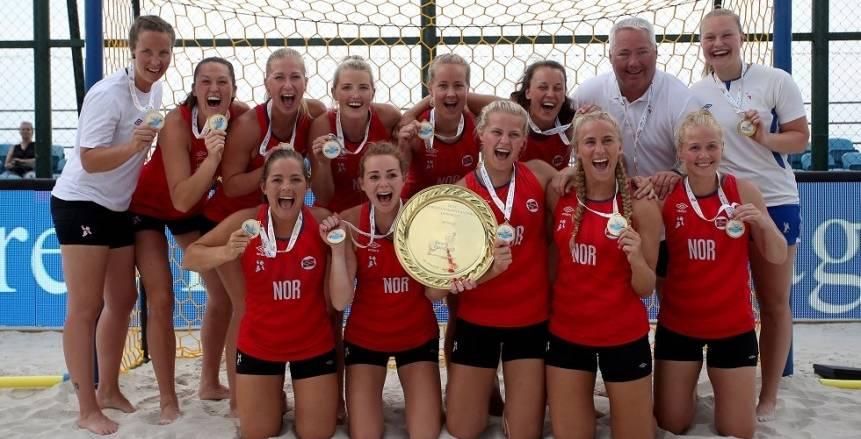 منتخب النرويج لكرة اليد الشاطئية سيدات.. تفاصيل أزمة «الشورت»