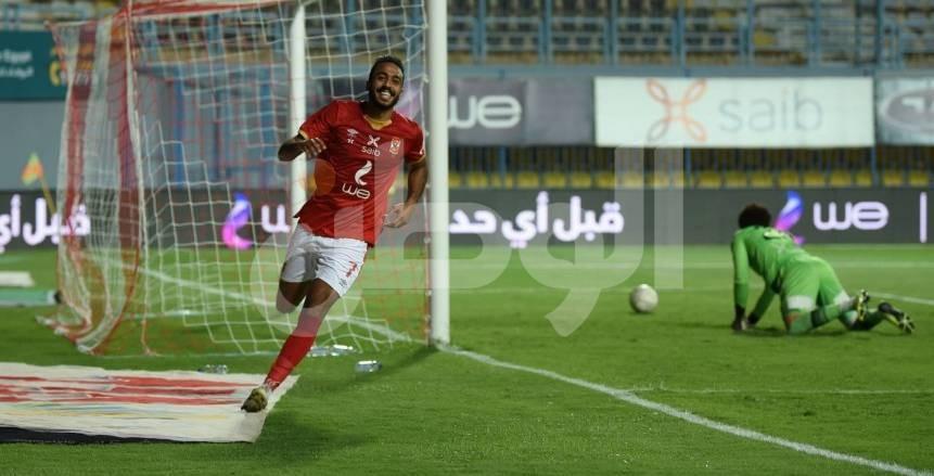 لقطات من مباراة الأهلي وأسوان في الدوري المصري