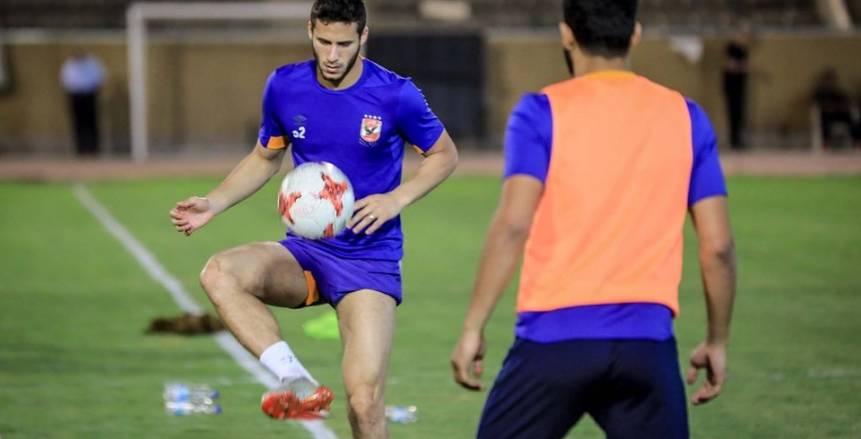 «رمضان» و«معلول» يشاركان في تدريبات الكرة بمران الأهلي