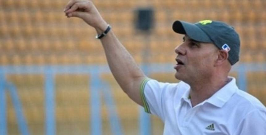 الإسماعيلي يعلن استمرار محمد وهبة في منصب المدرب العام