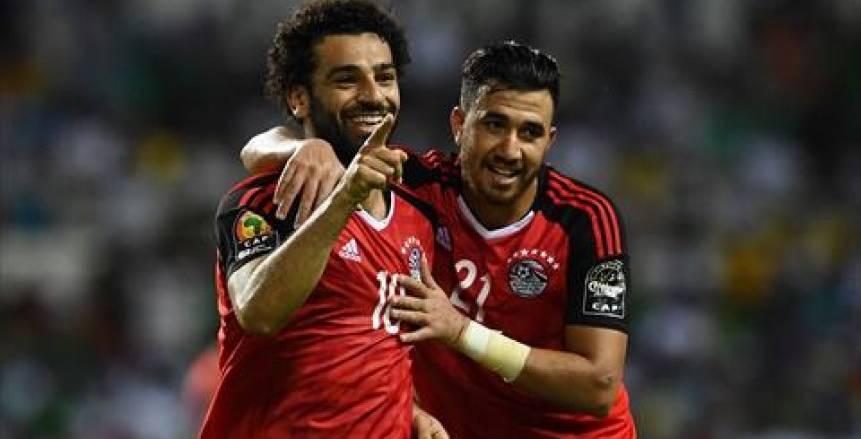 بالفيديو| لحظة وصول المنتخب المصري لملعب مباراة النهائي
