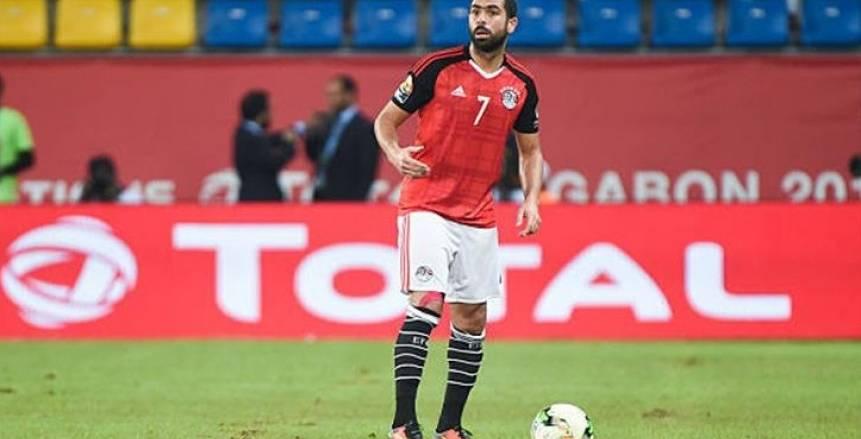 أول تعليق من أحمد فتحي على عدم حمل الشارة في المنتخب: «مينفعش أقول لا»
