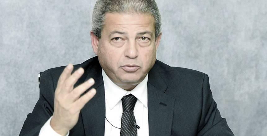 خالد عبدالعزيز مدافعا عن صلاح: لا يجب التعامل معه كدبلوماسي أو سياسي