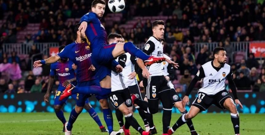 برشلونة يُناطح ريال مدريد على خطف مهاجم فالنسيا المميز
