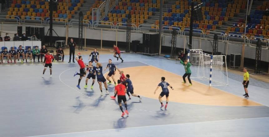 وزير الرياضة يشهد مباراة منتخب مصر  لكرة اليد الودية أمام اليابان