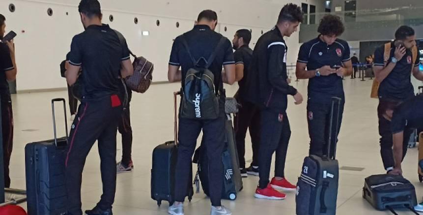 عاجل| الجماهير التونسية تحاصر مطار قرطاج وتعطل خروج بعثة الأهلي