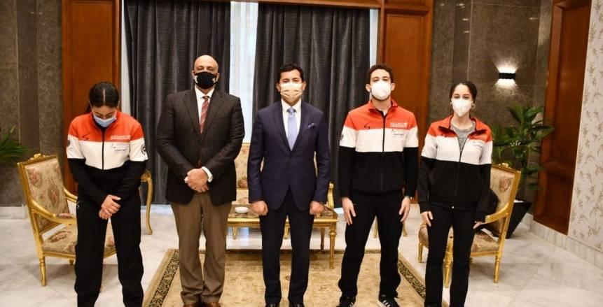 وزير الرياضة يكرم أبطال مصر في بطولة العالم للسلاح: «فرحتونا» (صور)