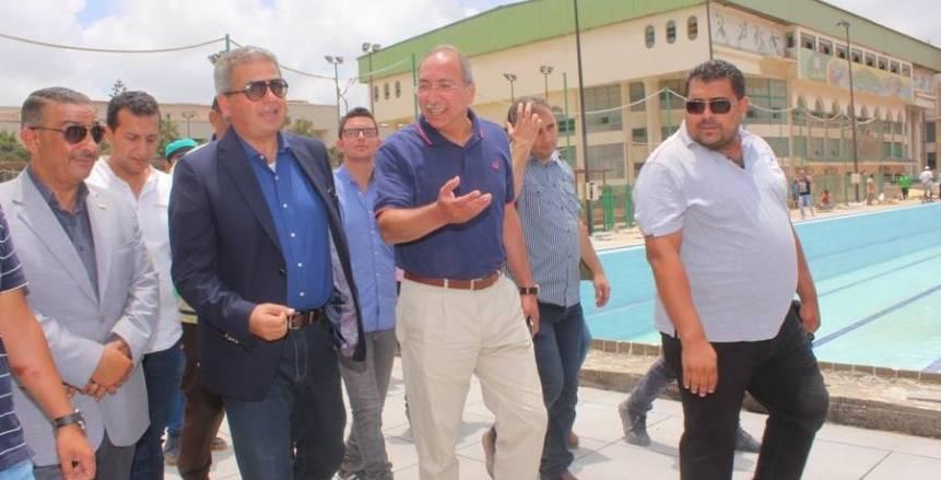 وزير الشباب والرياضة يتفقد حمام السباحة الأوليمبي بنادى الاتحاد