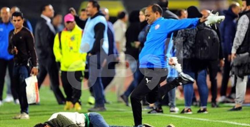 قصة مصورة لسرقة حذاء محمد إبراهيم بعد مباراة الزمالك وبيراميدز