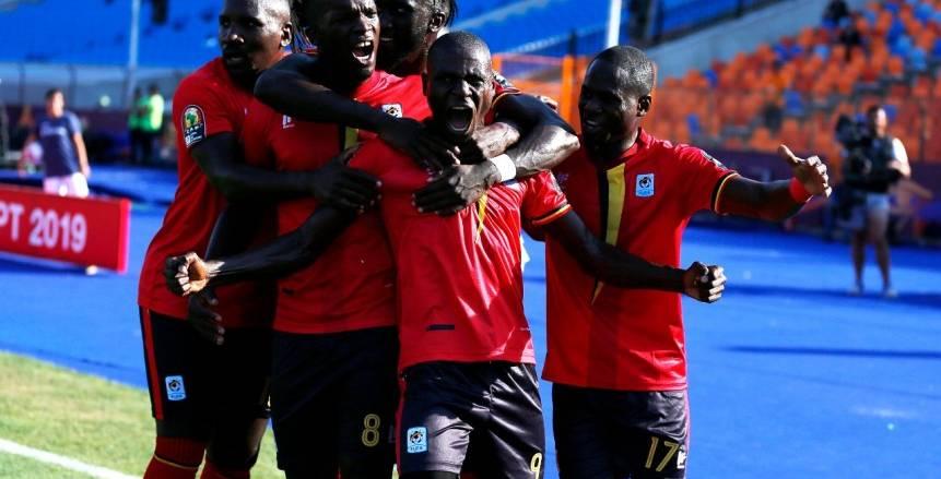 بث مباشر لحظة بلحظة لمباراة أوغندا وزيمبابوي