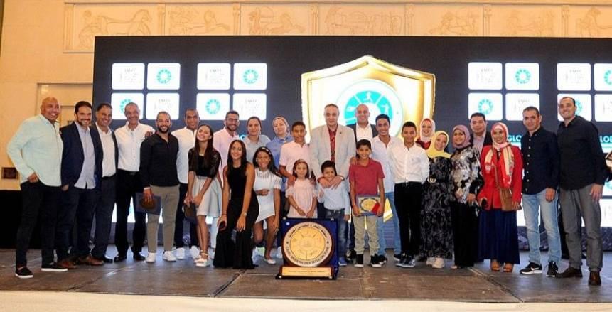 نادي الشمس يتسلم درع الخماسي الحديث من منطقة القاهرة
