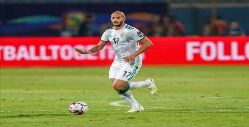 الغرافة القطري يضم نجم وسط المنتخب الجزائري