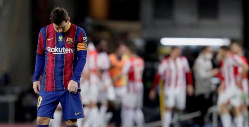 برشلونة يطارد الصفقات المجانية بسبب الأزمة المالية.. أجويرو الأبرز