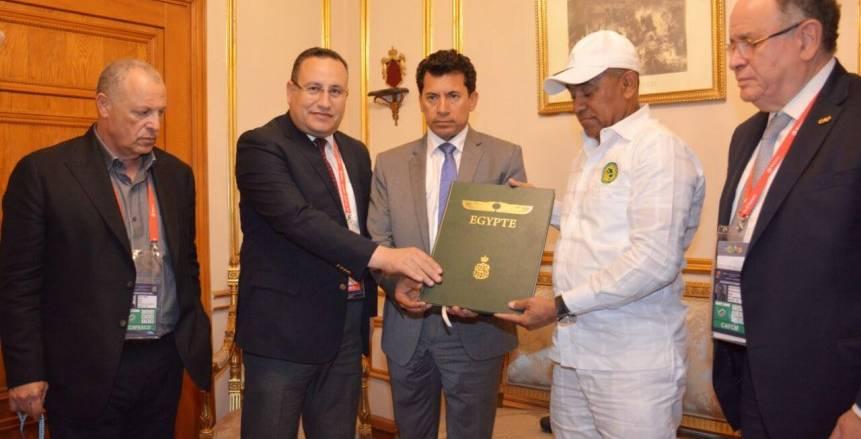 وزير الشباب والرياضة يوجه الشكر للجان المنظمة لأمم أفريقيا بالإسكندرية