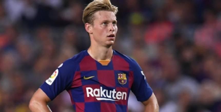 برشلونة يعلن غياب سيرجي روبرتو ودي يونج عن مواجهة إشبيلية بسبب الإصابة