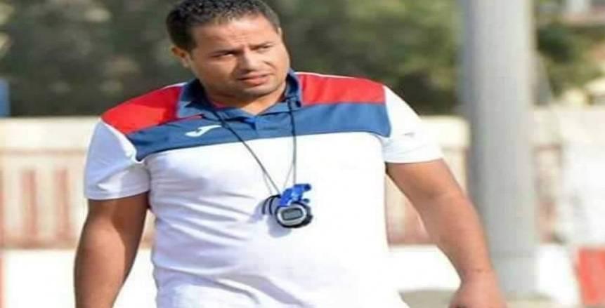 """أحمد سالم مخططا لأحمال """"شباب الأهلي"""""""