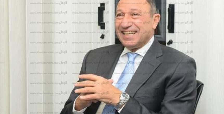الخطيب يصل الدار البيضاء لدعم الأهلي في نهائي أفريقيا
