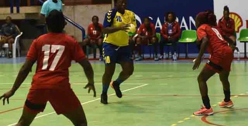 «سيدات يد هيرتاج» يتعادل مع «كارا» في بطولة إفريقيا لليد