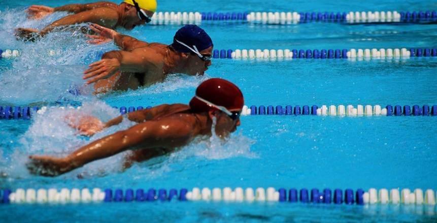 السباحة يسمح للسباحين المشاركة بأي عدد سباقات باختبارات المنتخب