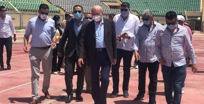لجنة من الهيئة الهندسية للقوات المسلحة تزور ستاد بورسعيد