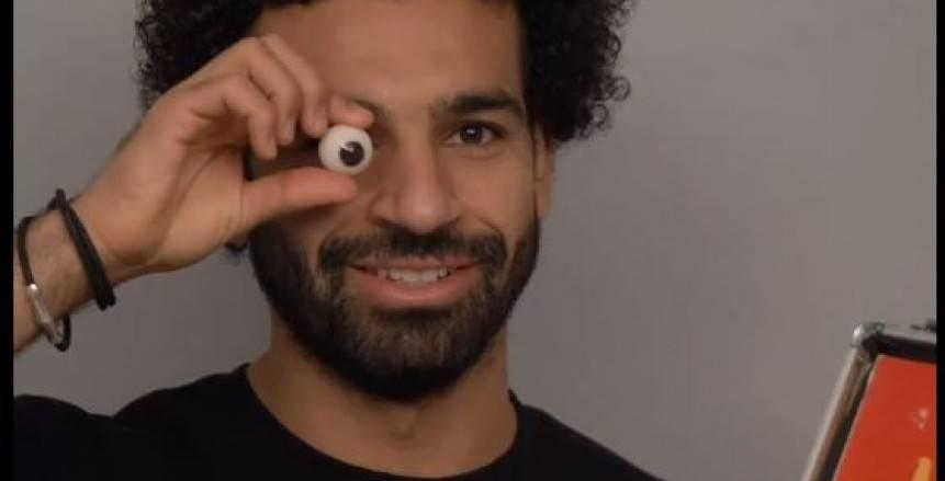 """أول عربي في التاريخ وثالث لاعب كرة قدم.. تمثال شمع لـ""""محمد صلاح"""" بمتحف لندن (فيديو)"""