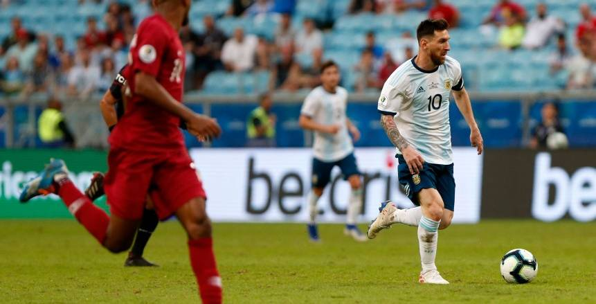 كوبا أمريكا|الأرجنتين إلى ربع نهائي كوبا أمريكا بعد إسقاط قطر بثنائية