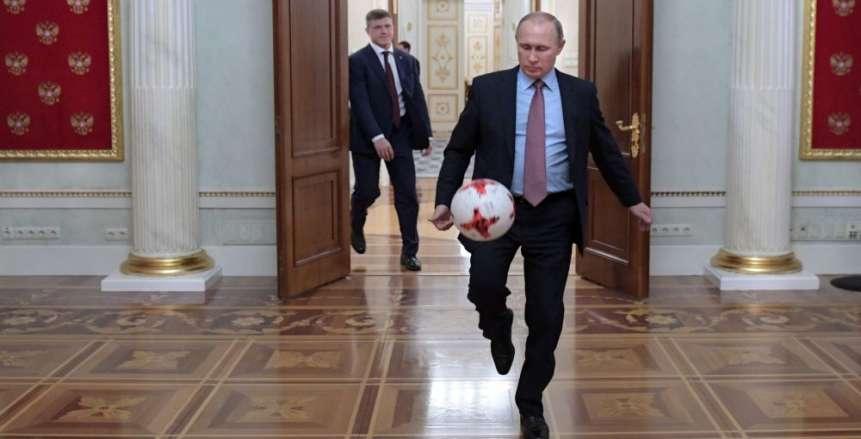 «بوتين» يجتمع باللجنة المنظمة للمونديال