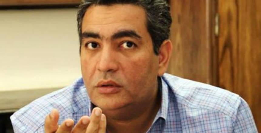 تخفيض الراتب شرط أحمد مجاهد لعودة مدرب منتخب الصالات لمنصبه «خاص»