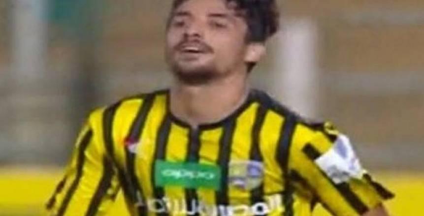 إصابة طاهر محمد بقطع في غضروف الركبة