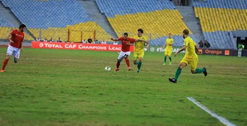 الأهلي يسقط شبيبة الساورة بثلاثية ويتأهل لربع نهائي دوري الأبطال