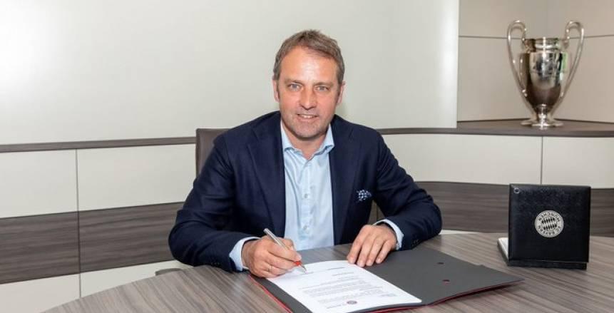 بايرن ميونيخ ينشر صور توقيع هانز فليك على عقده الجديد