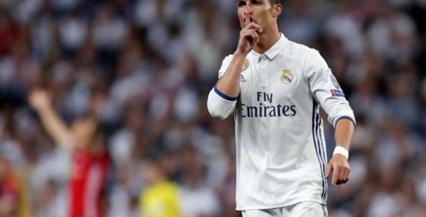 في زمن النكران وعصر الزهايمر.. «مارسيلو» آخر ضحايا جماهير ريال مدريد