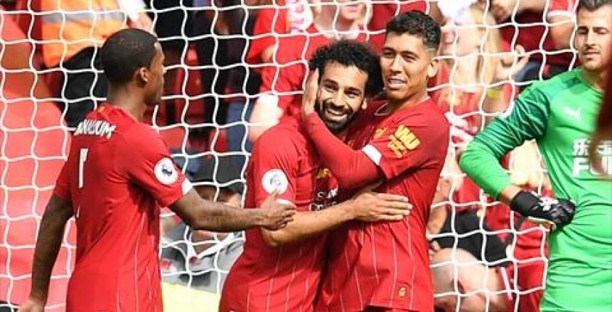 على رأسهم محمد صلاح.. 20 لاعبا في قائمة ليفربول لمواجهة نابولي