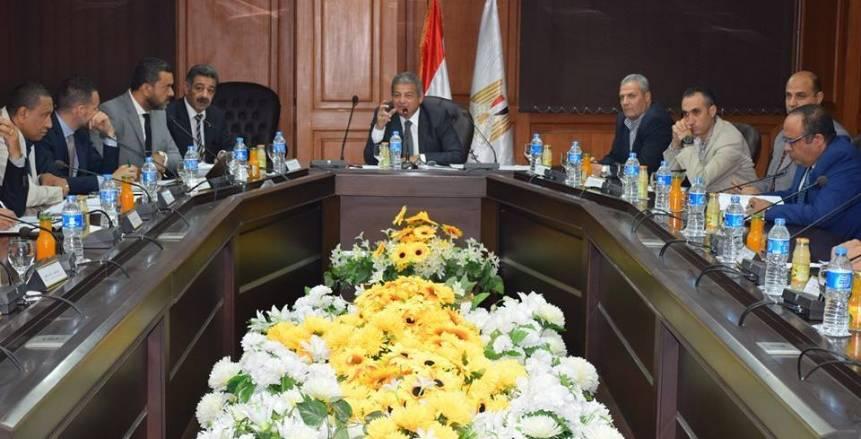 وزير الرياضة يناقش أخر المستجدات في اجتماع اللجنة العليا لبطولة العالم للسلة
