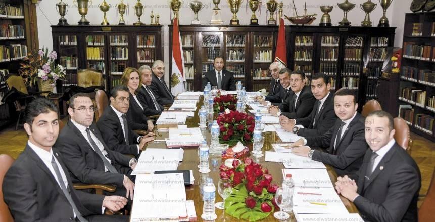 بين 12 قرارا.. مجلس الأهلي يمنع أعضاءه من تناول أخبار النادي على مواقع التواصل