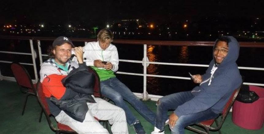 نجمات ونجوم التنس في بطولة السليمانية الدولية يشاهدون الغروب من ضفاف النيل