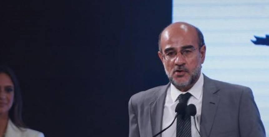 عامر حسين: أضفنا بند في لائحة العقوبات لمحاربة العنصرية
