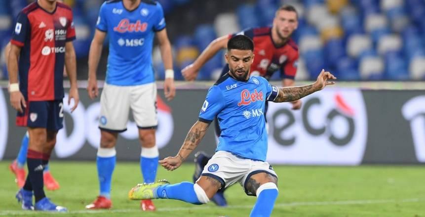 نابولي يهزم كالياري ويستعيد صدارة الدوري الإيطالي