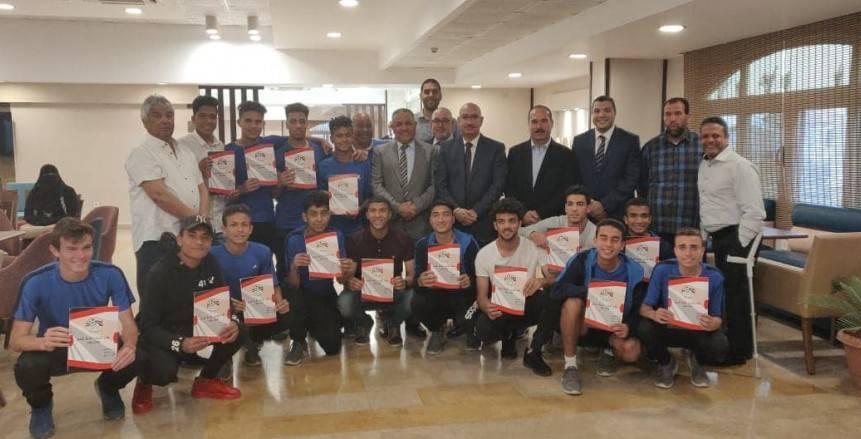 اجتماع مجلس إدارة إنبي يشهد توقيع 27 لاعب من ناشئى النادي