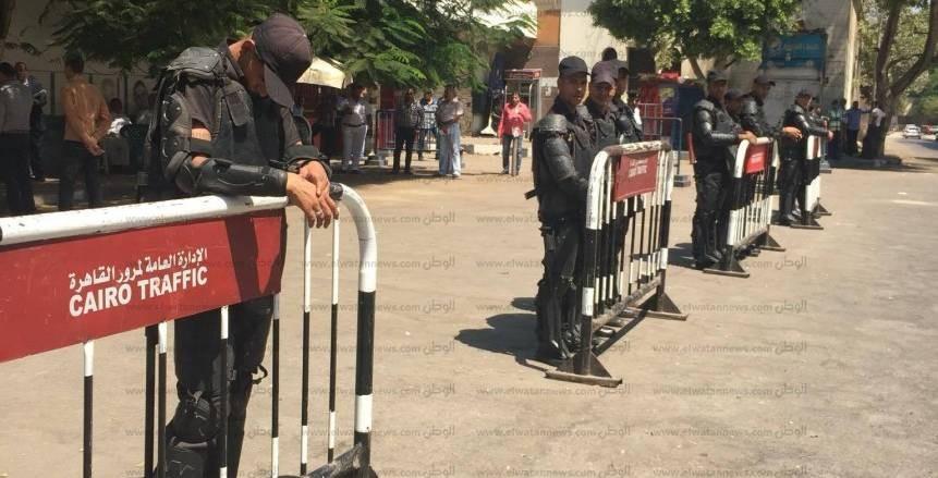 تعزيزات أمنية أمام النادي الأهلي استعدادا لمران الفريق