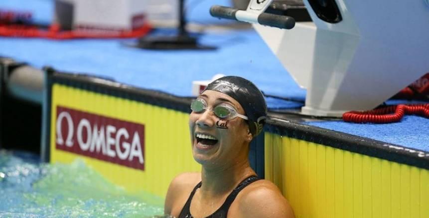 فريدة عثمان تحصد فضية بطولة الأبطال العالمية للسباحة