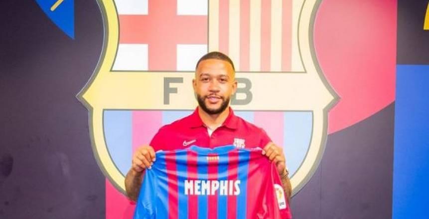 «ديباي»: أتيت إلى برشلونة لتحقيق الألقاب.. وسأقاتل من أجل كومان