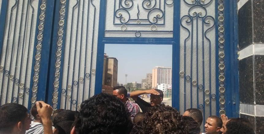 الأمن يرفض دخول الصحفيين مباراة الزمالك وطنطا