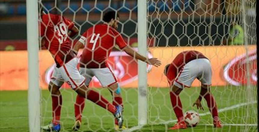 الأهلى يطير إلى الجزائر بـ20 لاعباً.. و«كارتيرون» يستقر على الخطة
