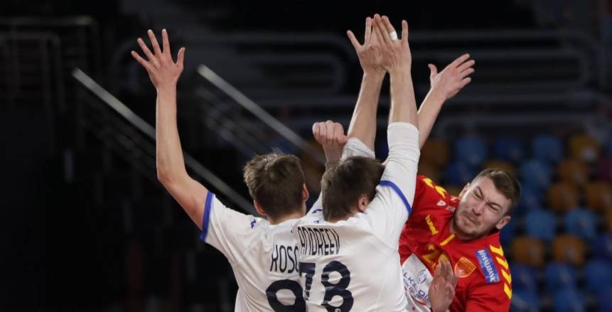 السويد تتعادل أمام الدنمارك 13 / 13 في الشوط الأول بنهائي مونديال اليد